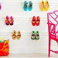 Лайфхак для хранения туфель на стене прихожей