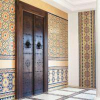 Двери в гостиной марокканского стиля