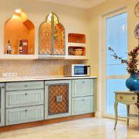 Кухонные полки в нишах с куполообразными вырезами