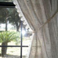 Подвязка для шторы из грубой веревки