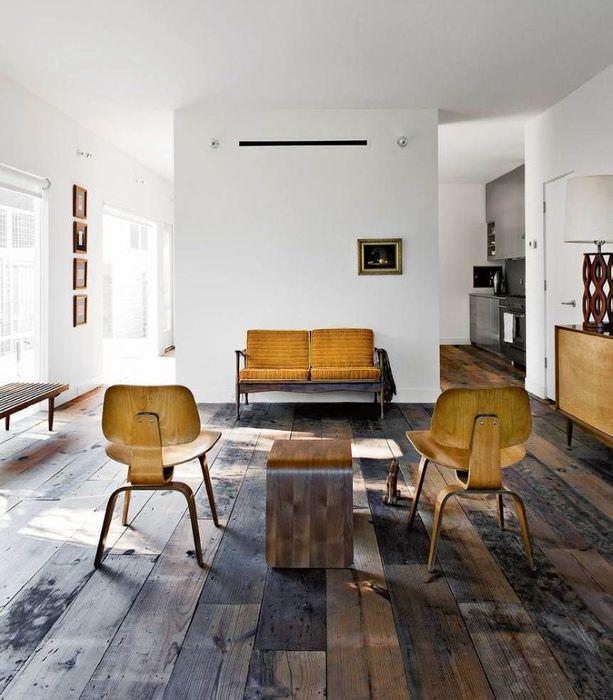 Сочетание минимализма с кантри в современной гостиной