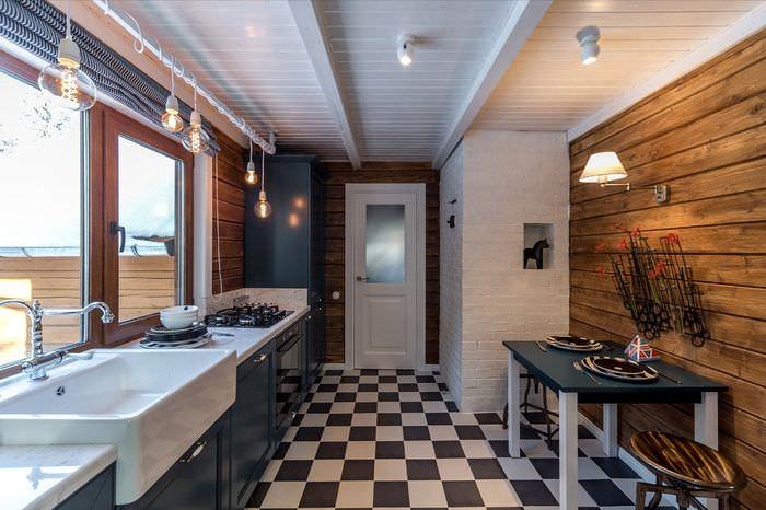 Размещение кухонной техники и мойки в один ряд на кухне дачного домика