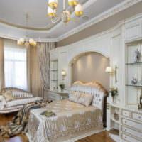 Спальня с элементами классики в немецком доме