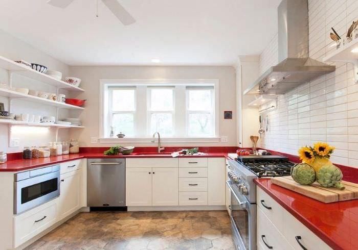 П-образная планировка кухни-гостиной площадью 16 кв метров