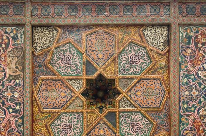 Декоративное панно для оформления интерьера в стиле марокко
