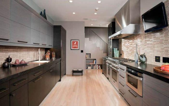 Параллельная планировка кухни-гостиной 16 кв метров
