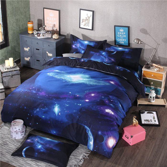 Изображения звездных галактик на постельных принадлежностях