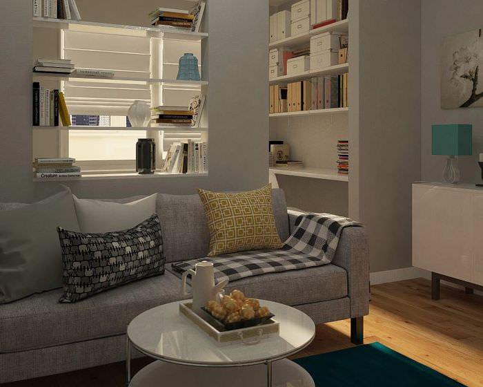 Светло-коричневый ламинат на полу однокомнатной квартиры