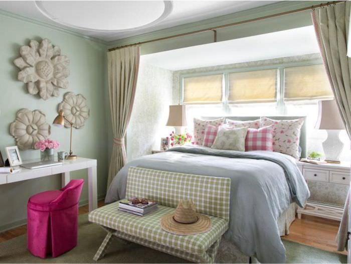 Обустройство спального места в комнате девочки подростка