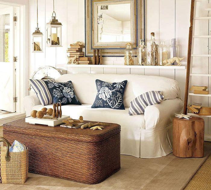 Белый цвет в интерьере помещения в морской тематике
