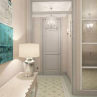 Светлые двери в дизайне прихожей