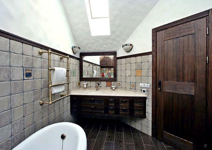 Интерьер ванной комнаты в немецком стиле