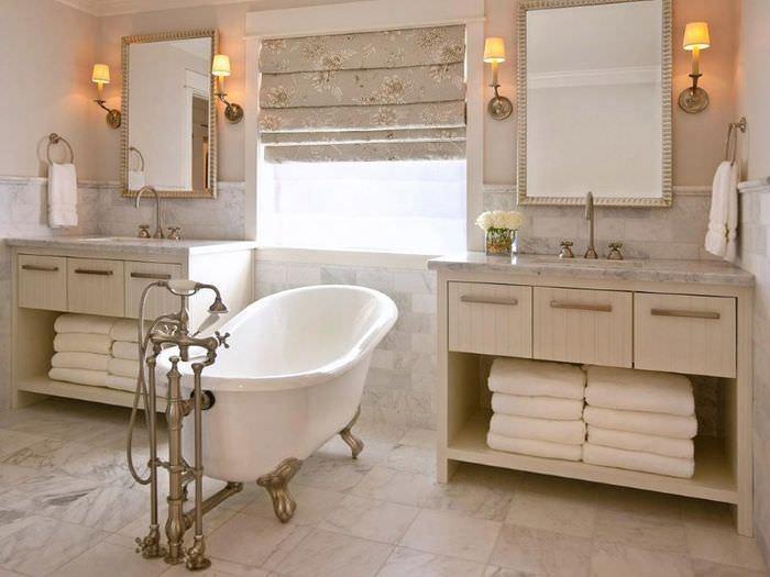 Ванна в ретро-стиле с необычным смесителем