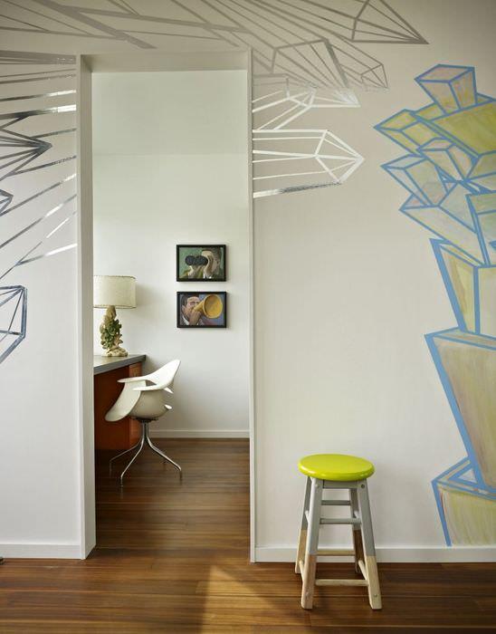 Декорирование интерьера в строгом минимализме яркими акцентами