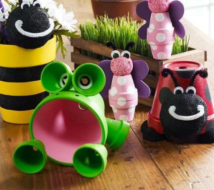 Игрушки из ненужных горшков для комнатных растений своими руками