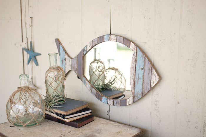 Зеркало в форме рыбки для декорирования комнаты в морском стиле