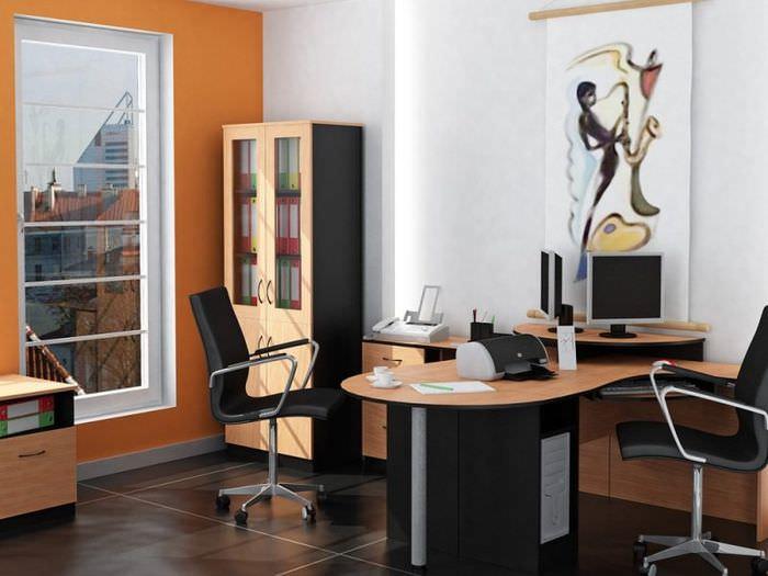 Рабочее место офисного работника