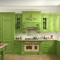 Классический кухонный гарнитур зеленого оттенка
