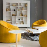 Мягкая мебель желтого цвета