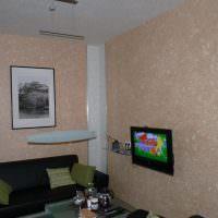 Украшение стен гостиной картинами
