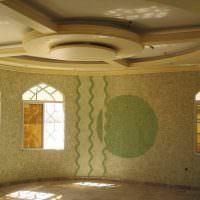 Многоуровневый потолок из гипсокартонна в интерьере гостиной