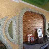 Декорирование стены над камином своими руками