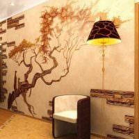 Художественная роспись стены посредством жидких обоев
