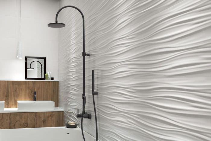 Волниста плитка с объемным эффектом в ванной комнате