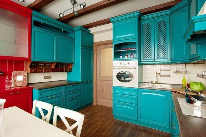 Красно-бирюзовый кухонный гарнитур