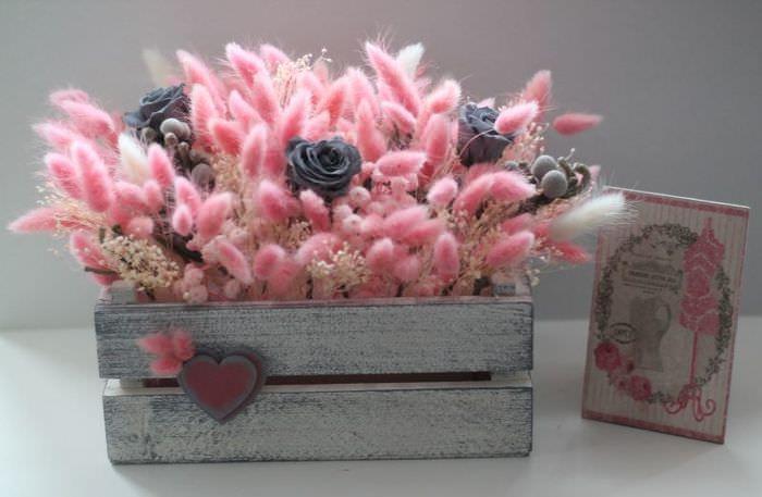 Деревянный ящик для искусственных цветов своими руками