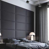 Декор стены над изголовьем кровати мягкими панелями