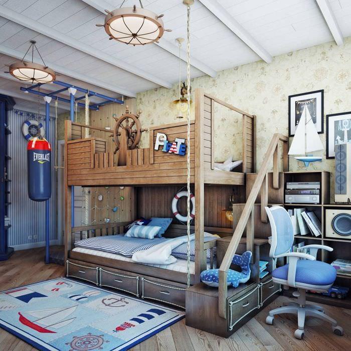Детская двухъярусная кровать из дерева
