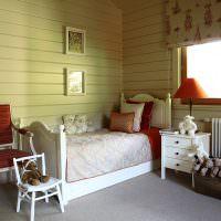 Детская кроватка в комнате любимой дочери