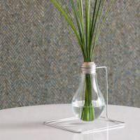 Ваза для растений из старой лампочки накаливания