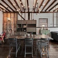 Декорирование потолка деревянными балками