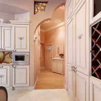 Интерьер коридора в кремовом цвете