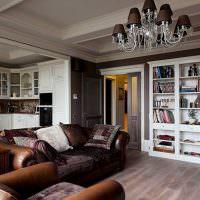 Мягкая мебель с обивкой из натуральной кожи
