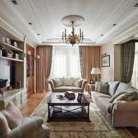 Белый потолок с полиуретановой лепниной
