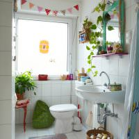 Светлая ванная в эко стиле
