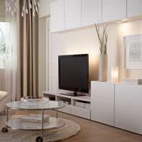Корпусная мебель в интерьере зала