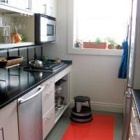 Красный пол в интерьере кухни