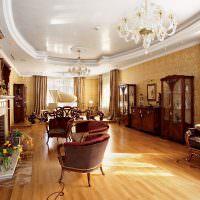 Натяжной потолок в гостиной классического стиля