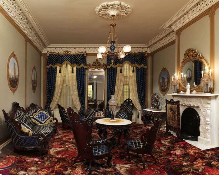 Пестрое ковровое покрытие в комнате готического стиля