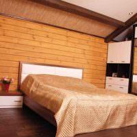 Оформление вагонкой стены над изголовьем кровати