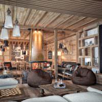 Бескаркасные кресла в интерьере гостиной