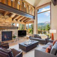 Дизайн гостиной с высоким окном
