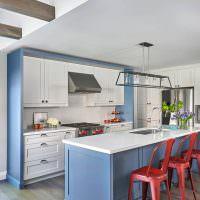Встроенная мойка в кухонном острове