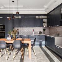 Кухонная мебель с черными фасадами