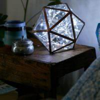 Оригинальный ночной светильник из стекла