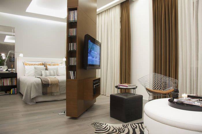 Разделение комнаты с помощью подвижной перегородки